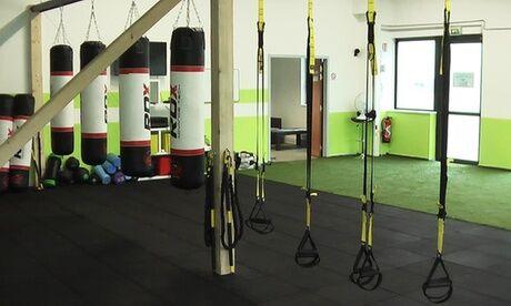 Sport Trainer 5 ou 10 séances de coaching sportif en groupe avec cardio boxe, pilates et cross training chez Sport Trainer