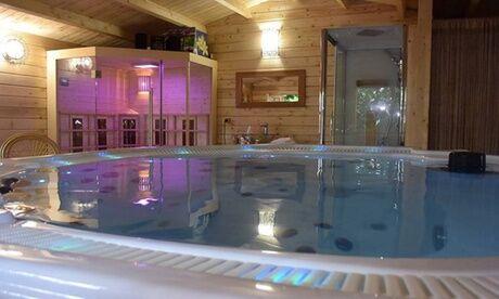 Atypique Spa FR Spa privatif pour 2 personnes avec 2 kirs royaux et 1 assortiment de macarons ou chocolats chez Atypique Spa