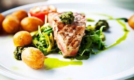 Restaurant La Maison Bleue Menu gourmand avec entrée, plat, dessert pour 2 personnes au Restaurant La Maison Bleue