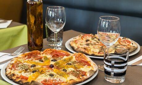 Jazz Café Cocktail du jour, pizza au choix ou salade et dessert pour 2 personnes en semaine ou le week-end au Jazz Café