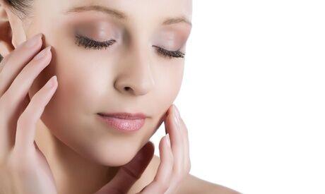Institut Ivanka beauté Soin du visage d'une heure au choix (purifiant, hydratant, nutrition ou anti-âge) à l'Institut Ivanka beauté