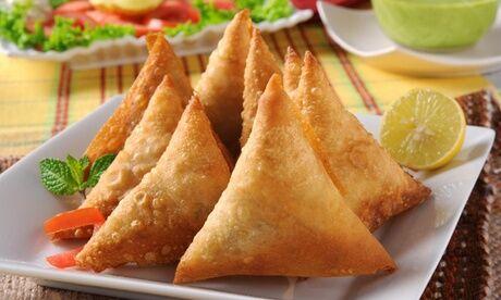 Chez Damour 10 samoussas, 10 bouchons ou 1 formule avec entrée, plat et dessert pour 1, à emporter ou à livrer, avec Chez Damour