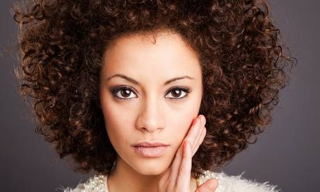 Actuel Institut de Beauté Soins anti-tâches peaux noires et métissées chez Actuel Institut de Beauté