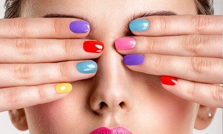 L E Boudoir De Lesthetique Beauté des mains ou pose d'ongle en gel avec vernis semi-permanent avec Le Boudoir De L'esthétique