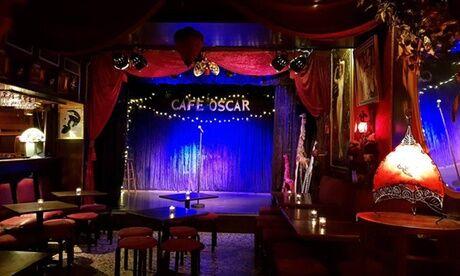 Café Oscar Paris Un spectacle avec tartine et boisson au choix sur la carte pour 2 personnes au Café Oscar Paris