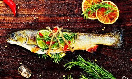 Restaurant PilPil Enéa Merlu de ligne à l'espagnole avec accompagnements pour 2 personnes au Restaurant PilPil Enéa