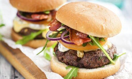 Café Et Cuisine Menu burger avec dessert au choix pour 1 ou 2 personnes au restaurant Café et Cuisine