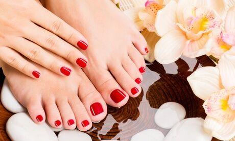 L'Onglerie de Cassandra Beauté des mains ou des pieds avec pose de vernis semi-permanent chez L'Onglerie de Cassandra