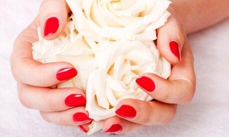 Beauty Jess Beauté des mains et pose de vernis semi-permanent pour les mains à l'institut Beauty Jess