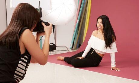'Les Insolents' Shooting photo avec maquillage, relooking, conseil en image et boisson avec Les Insolents
