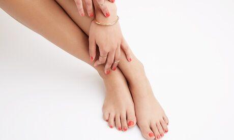 Beauty Secrets Beauté des mains ou des pieds express et pose de vernis semi-permanent à l'institut Beauty Secrets