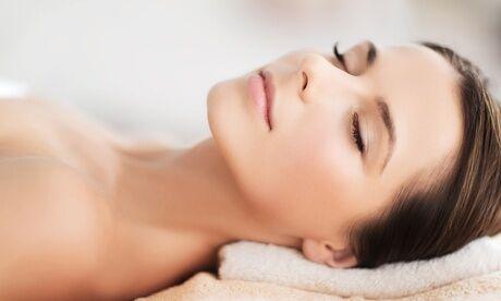 Dermotop Un soin du visage anti-âge aux huiles essentielles bio de 60 min chez Dermotop