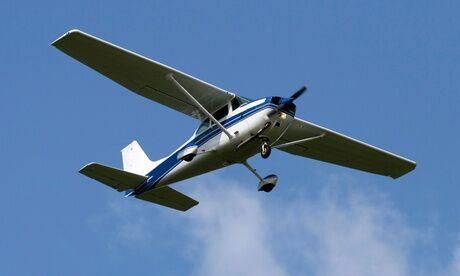 Baptême.Avion Initiation aux techniques de pilotage avec vol aux commandes d'un avion ou en entraineur de vol chez Baptême avion