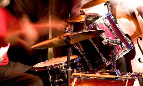 Drumlive Academy 1 ou 2 séances de cours individuel de batterie en studio d'1h30 chez Drumlive Academy