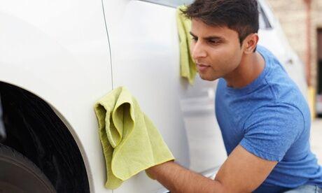 Bewash Auto Lavage auto intérieur et extérieur complet, option cire de protection et shampoing des sièges chez Bewash