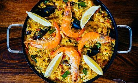 Casa Paco Paella, parillada de poissons ou viandes ou barbecue espagnol pour 2 personnes au restaurant Casa Paco