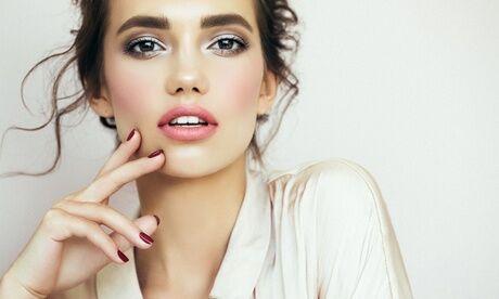 Beauté Pour Elles Maquillage semi-permanent sur 1 zone au choix d1h30 ou de la bouche de 2h dès 99,90 € chez Beauté Pour Elles