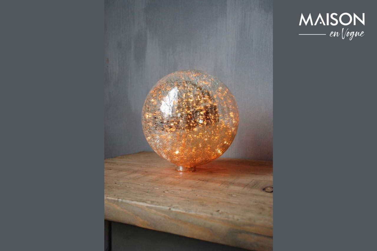Chehoma Lampe à poser 20 cm boule en verre mercurisé craquelé et guirlande