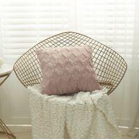 Housse de coussin en peluche géométrique - Johanna - Bean Pink / 40x40cm <br /><b>12.90 EUR</b> Atelier de la Housse