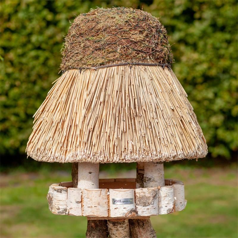 Maison pour oiseaux «Amrum» de VOSS.garden avec toit en chaume - mangeoire pour oiseaux ronde, Ø 50 cm, sans support