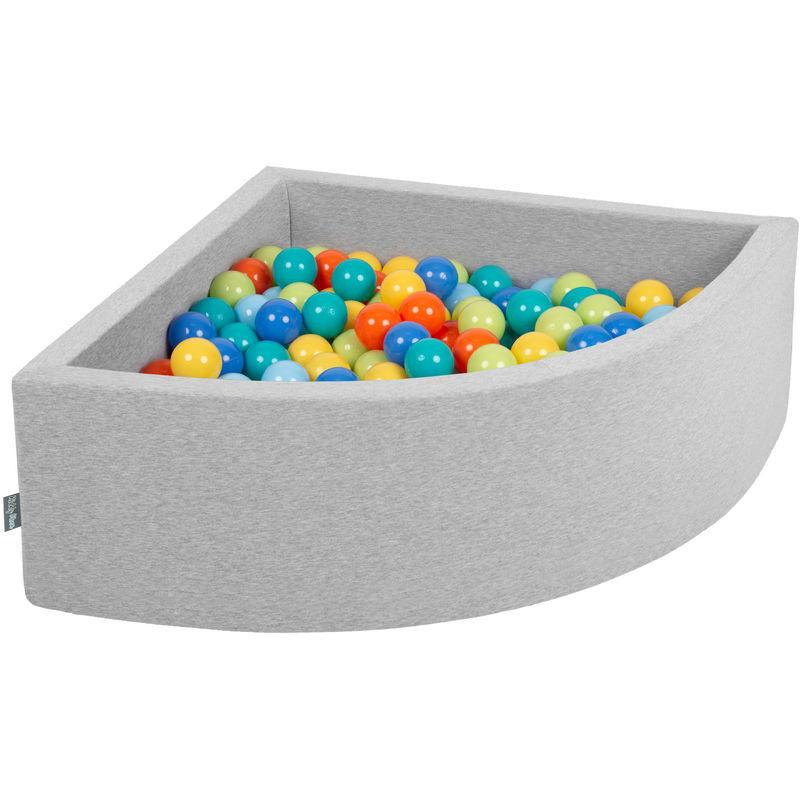 KIDDYMOON 90X30cm/200 Balles Piscine À Balles ? 7Cm Pour Bébé Quart Angulaire Fabriqué En UE, Gris Clair:Vert Clr/Orange/Turq/Bleu/Babyblue/Jaun - Kiddymoon