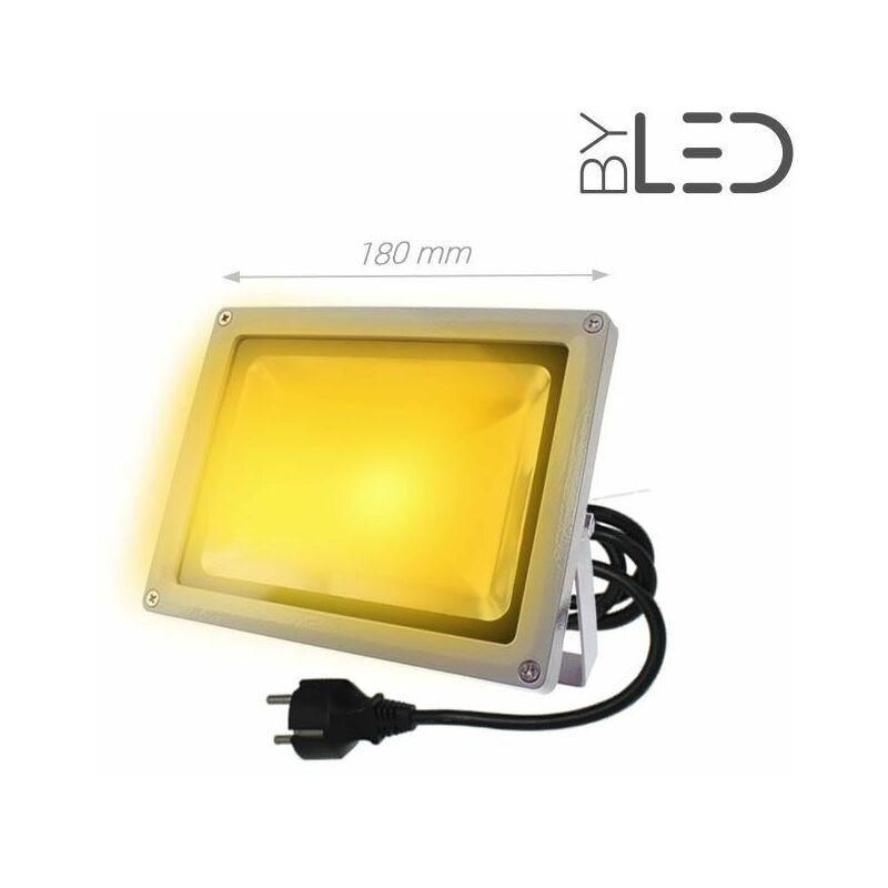 BYLED®-PRODUITS EN PROMOTION Byled ®-produits En Promotion - Projecteur couleur LED extérieur 230V - 20W (Titan 20)   Température de couleur Jaune - Puissance (en Watts) 20 W