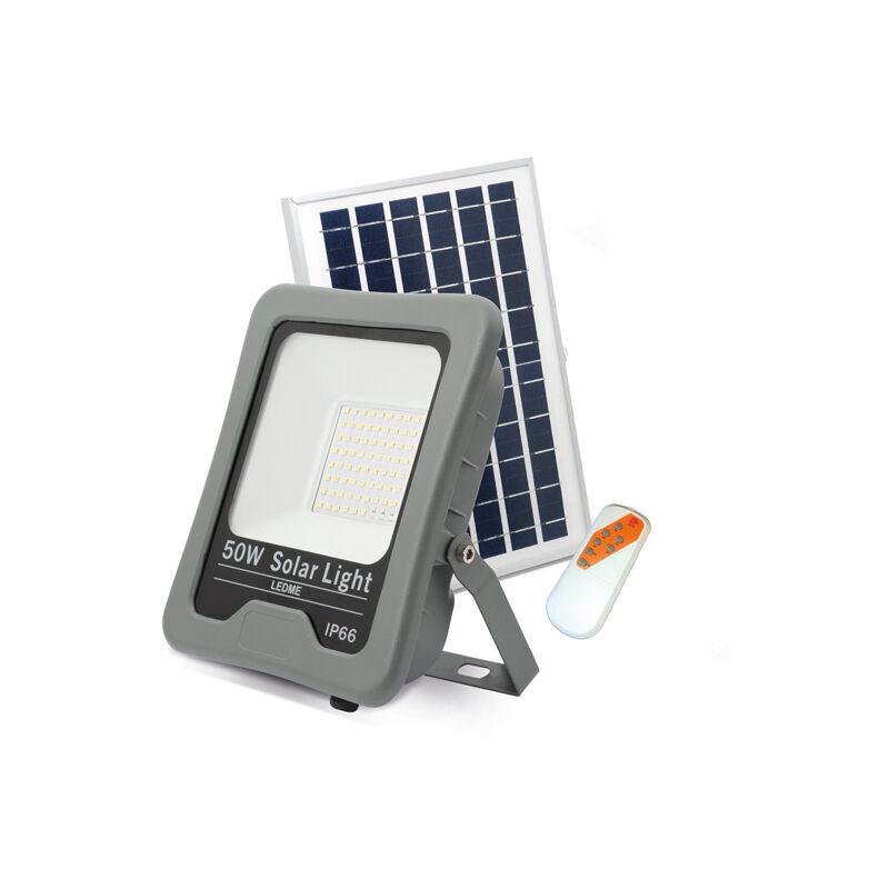 ILUMINASHOP Projecteur LED Solaire Professionnel 50W IP66 - Iluminashop