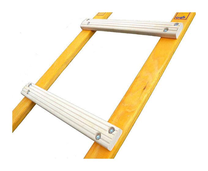 ECHELLE DIRECT - MATISERE D. Echelle de toit pliante en bois - Échelons plats - Ecartement des barreaux