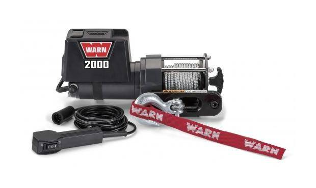 WARN Treuil electrique 12v - DC 2000 - Charge max 900 kg - Cable 11m et guide cable