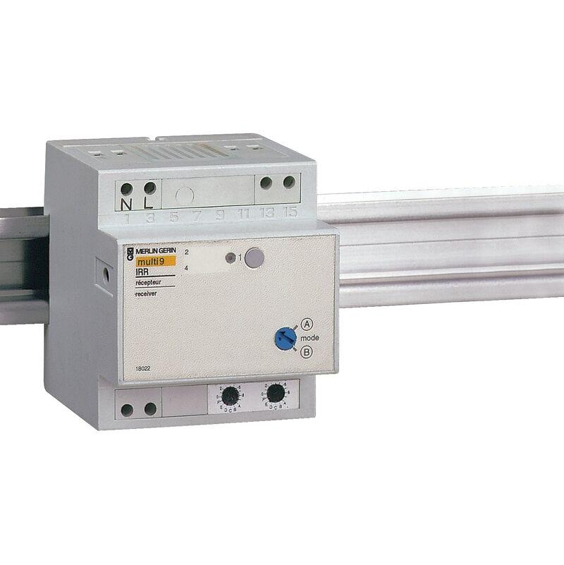 Schneider Electric - Merlin Gerin 18022 Récepteur radio modulaire IRR 230 V
