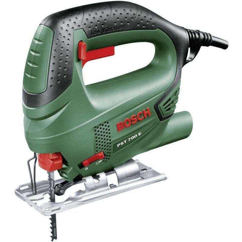 BOSCH HOME AND GARDEN Scie sauteuse Bosch Home and Garden PST 700 E 06033A0000 + mallette 500 W 1
