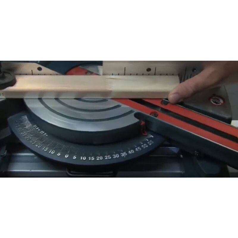 Bosch GCM 8 SJL - Scie à onglet radiale - 1600W - 216 x 30mm