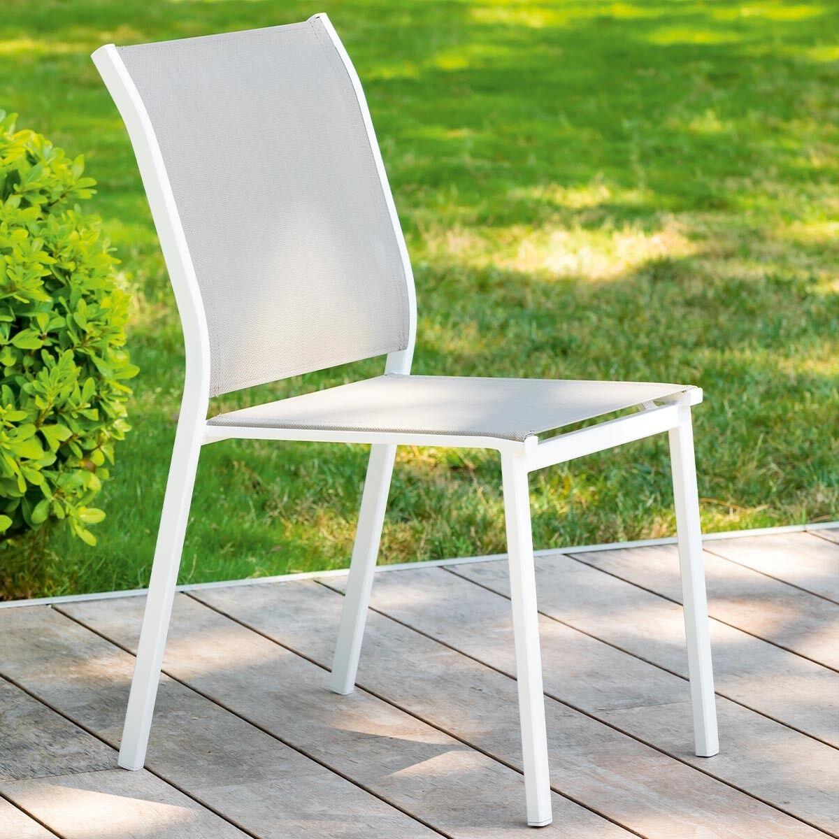 Hespéride Chaise de jardin empilable Essentia Noisette   Blanc