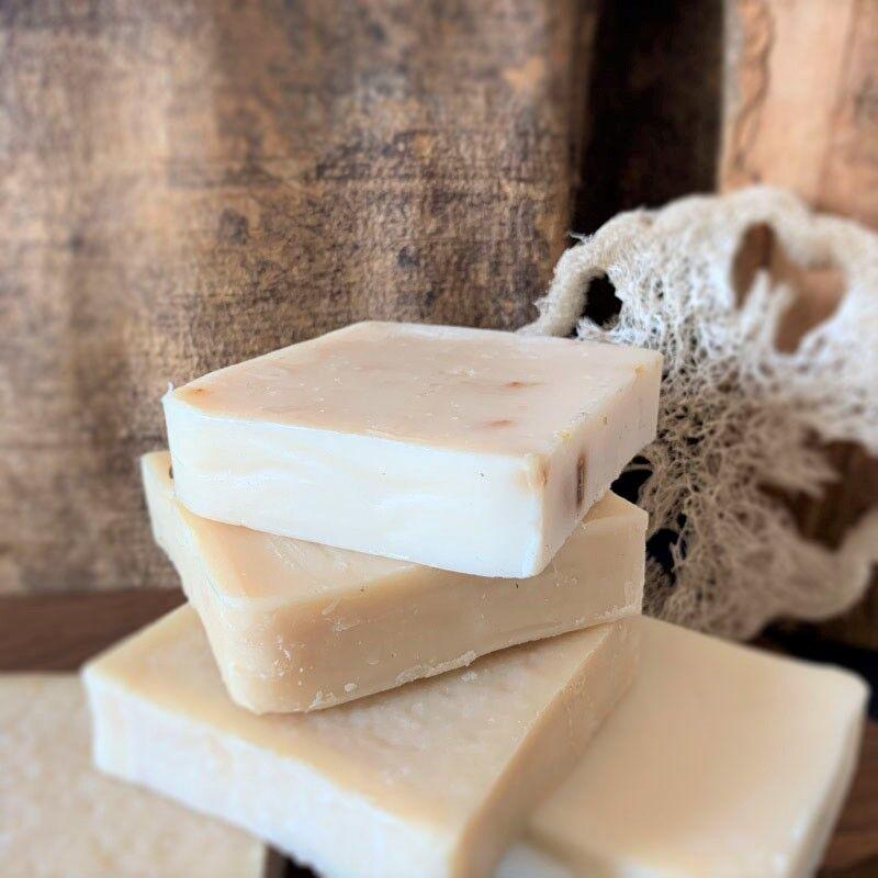 Laboratoire Paysane Lot de 10 savons lait d'ânesse biologique 40%   En vrac