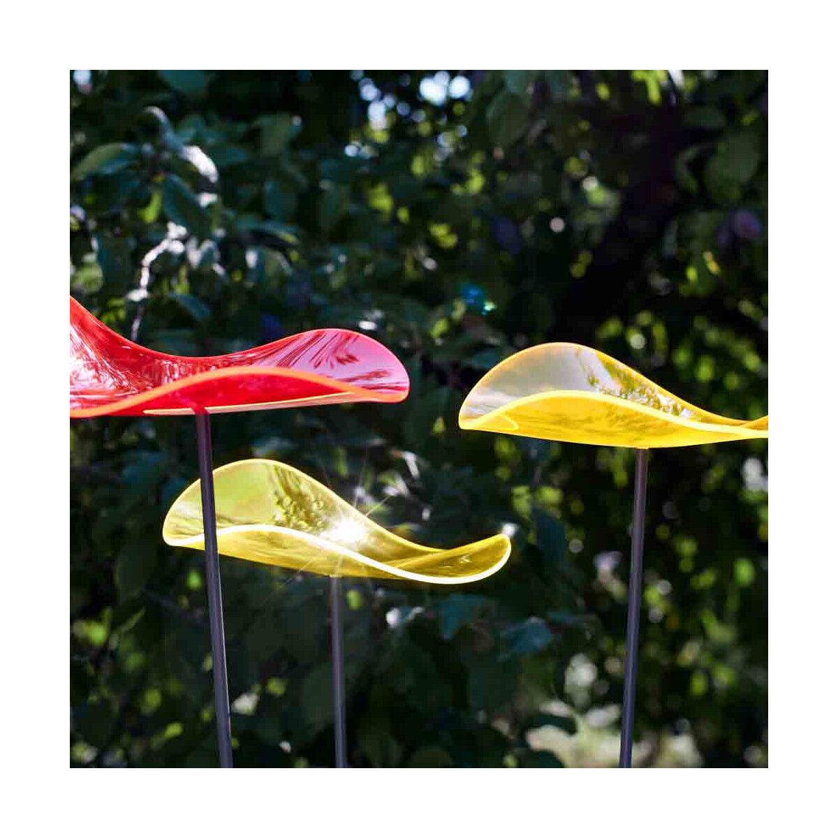 Attrape soleil de jardin Cazador Del Sol 2 fleurs ondulées jaune citron et 1 rouge