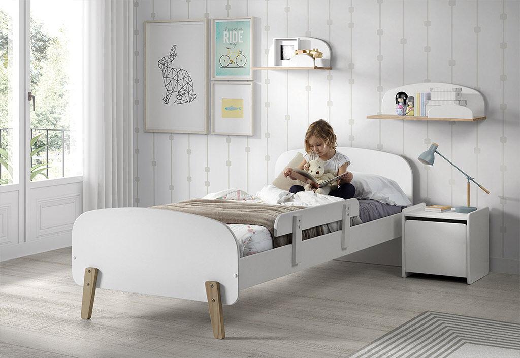 Vipack Chambre pour enfant en bois lit + chevet + 2 étagères + coffre à jouet