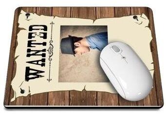 Tapis de souris wanted photo