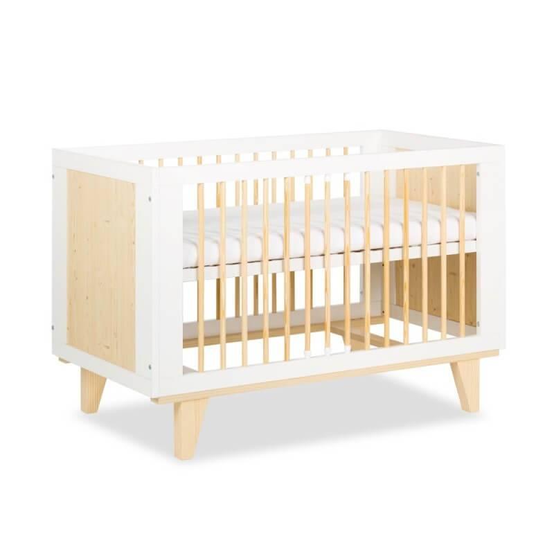 Petite Chambre Lit bébé scandinave Lydia 120x60cm   60 cm x 120 cm   Blanc   Bois massif   petitechambre.fr