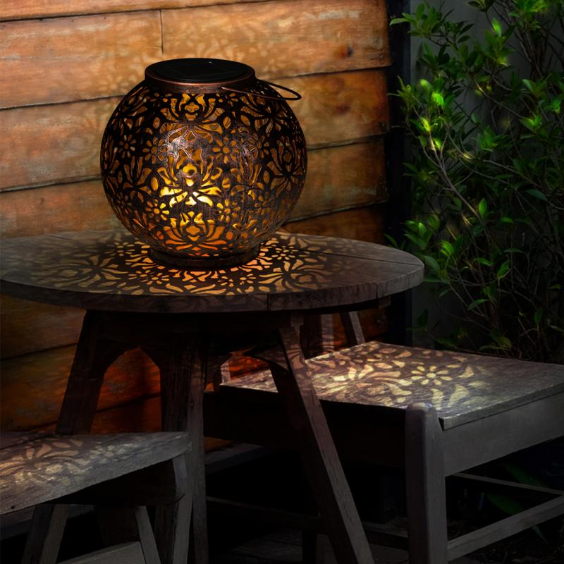 """IDMarket """"Lanterne solaire à LED effet cuivré lampe boule orientale"""""""