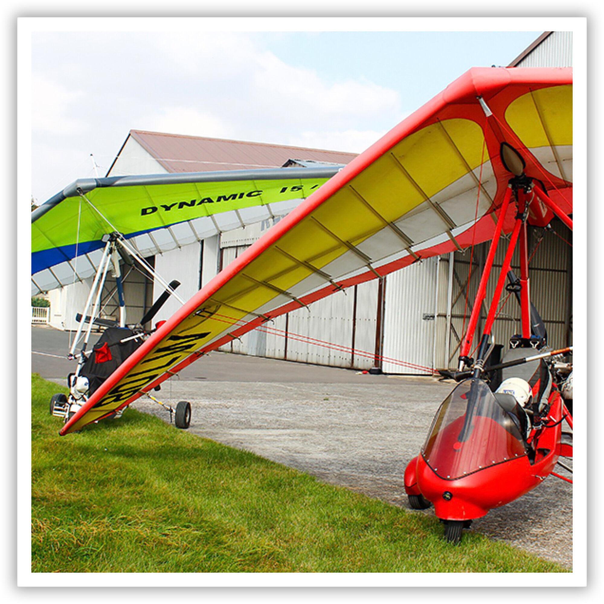 Smartbox 3h de vol en ULM pendulaire au dessus de la Seine-et-Marne, pour 2 personnes Coffret cadeau Smartbox