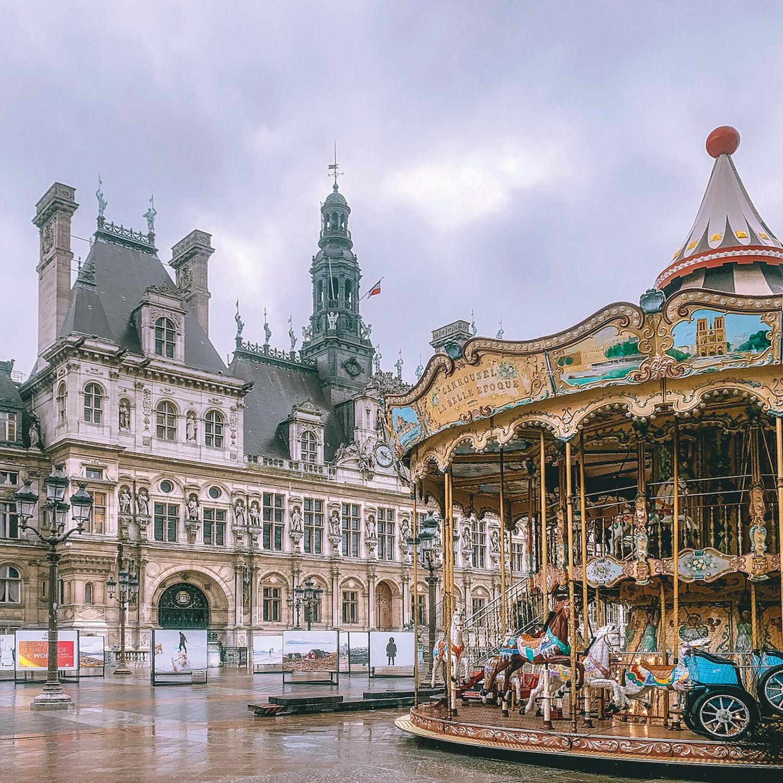 Smartbox Visite guidée privée nocturne en duo sur les secrets sombres de Paris Coffret cadeau Smartbox
