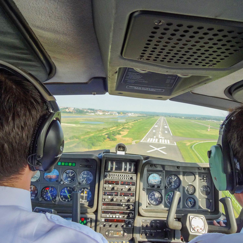 Smartbox 45 minutes de vol avec pilote privé au-dessus de la Côte d'Opale Coffret cadeau Smartbox