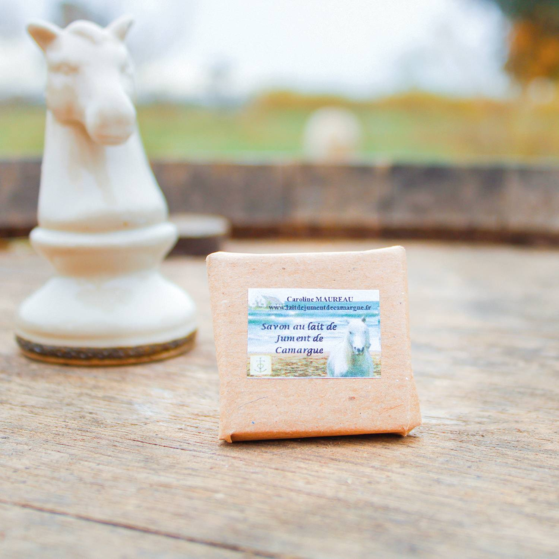 Smartbox 3 produits de beauté naturels et artisanaux à base de lait de jument de Camargue Coffret cadeau Smartbox
