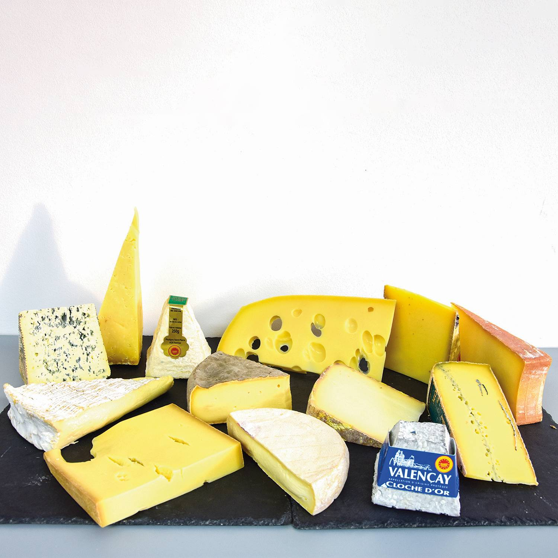 Smartbox Assortiment de 13 fromages à déguster chez soi Coffret cadeau Smartbox