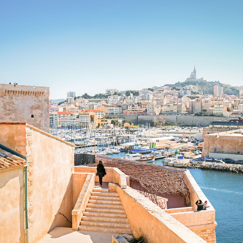Smartbox Visite thématique de Marseille au choix en famille ou entre amis Coffret cadeau Smartbox