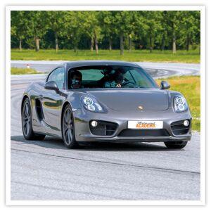 3 tours au volant d'une Porsche Cayman au Mans Coffret cadeau Smartbox - Publicité