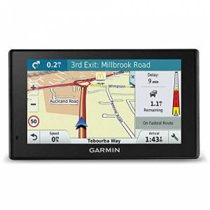 Garmin DriveSmart GPS avec mises  Jour des Cartes  Vie pour Royaume-Uni, Irlande, Europe Trafic en Direct et Wi-FI intégré - Publicité