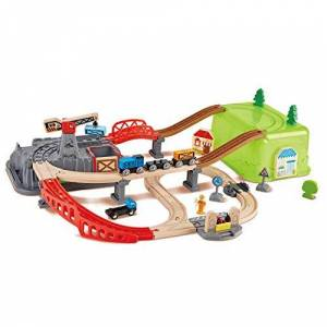 Hape - Coffret de Train de 50 pices avec bote de Rangement, E3764 - Publicité