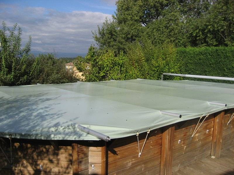 bâche à barres piscine bois Coverwood sur mesure