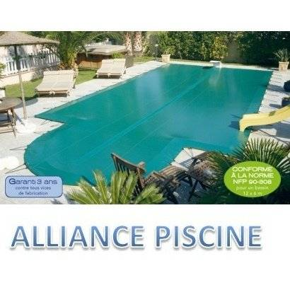 Alliance Bâche d'hiver piscine en coque Alliance Cristal